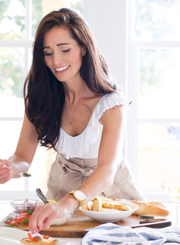 "7. Tori Wesszer from Fraiche Nutrition – meal prep, misconceptions about ""diets"", running a successful blog as a mom and being cousins with Jillian Harris!"