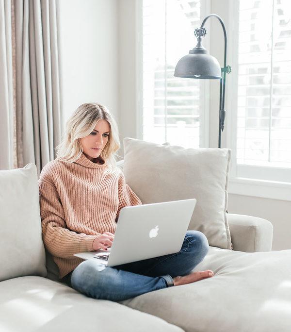 25. Sandra Hanna Grahame – Founder of Smart Cookies, how to make budgeting, financing, and saving money sexy and fun! BONUS: Natalie's IVF story.
